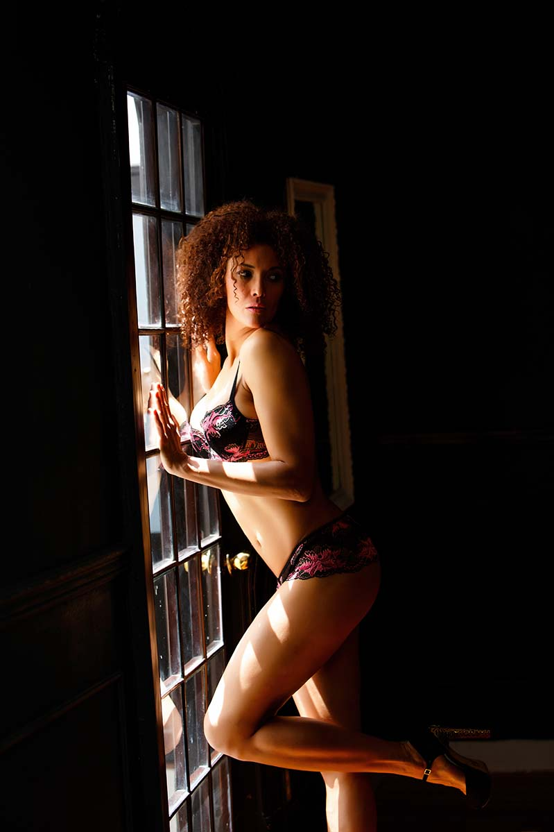 MODEL BOOK  BY HOMERO ALEMAN PHOTOGRAPHY