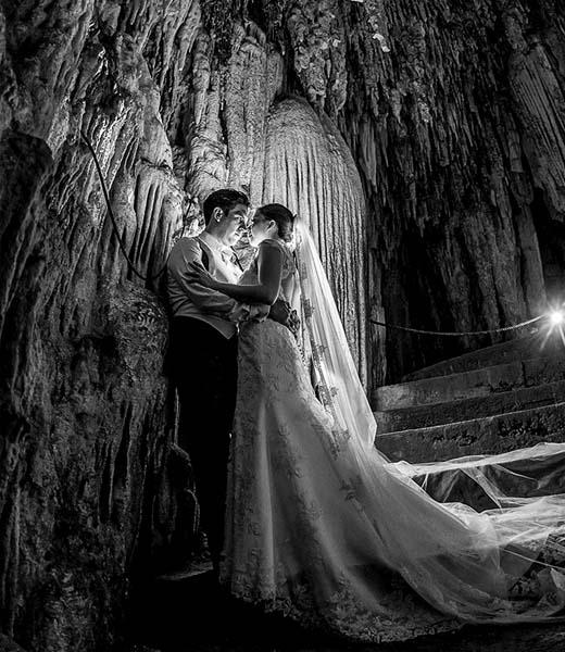 HOMERO ALEMAN PHOTOGRAPHY- FINE ART WEDDING PHOTOGRAPHY - BODAS DESTINO - DESTINATION WEDDINGS MEXICO -CABO WEDDINGS- TOP WEDDING PHOTOGRAPHER - TRASH THE DRESS