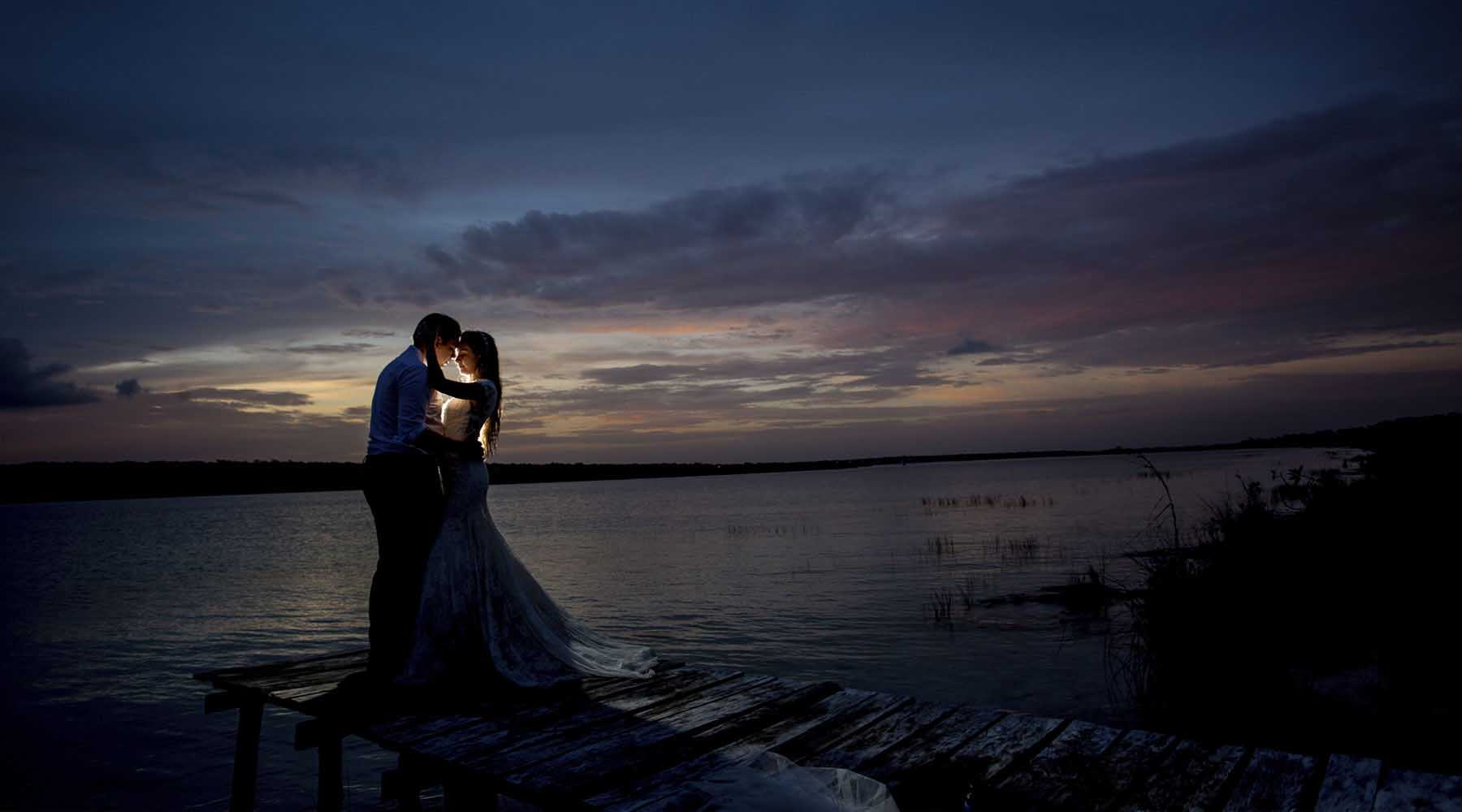 SUNSET DAY AFTER WEDDING COLLECTION BY HOMERO ALEMAN PHOTOGRAPHY